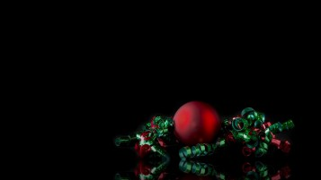 Simple Christmas Ornament wallpapers and stock photos