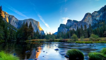 Yosemite National Park wallpapers and stock photos
