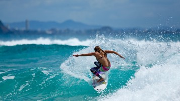 Surfen Saison wallpapers and stock photos