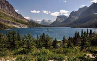 Saint Mary Lake National Park wallpapers and stock photos