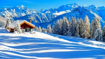 Beautiful Winter Lodge wallpapers and stock photos