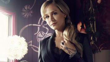 Julie Benz Defiance wallpapers and stock photos