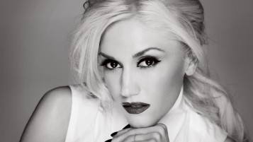 Gwen Stefani Black and White wallpapers and stock photos