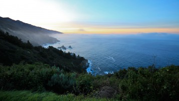 Big Sur California Sunrise wallpapers and stock photos