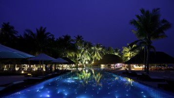 Luxury Resort at Night wallpapers and stock photos