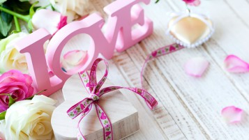 Love Gift wallpapers and stock photos