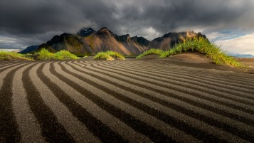 Morning In Vestrahorn Iceland wallpapers and stock photos