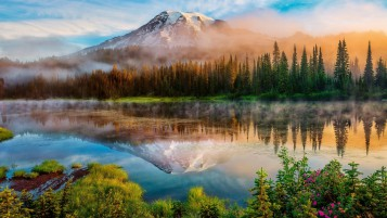 Mount Rainier Landscape wallpapers and stock photos