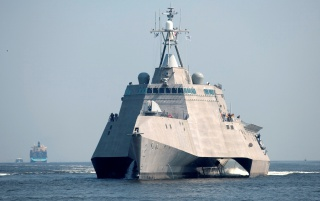 Random: Littoral Ship Independence
