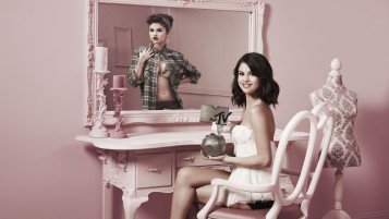 Selena Gomez MTV Award wallpapers and stock photos