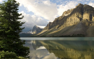 Bow Lake wallpapers and stock photos