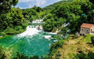 Croacia Parque Nacional de Krka Hou wallpapers and stock photos