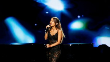 Ariana Grande Concierto wallpapers and stock photos