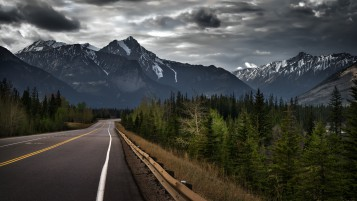 Stormy Road wallpapers and stock photos