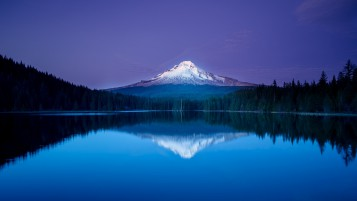 Amazing Mountain Lake Reflection wallpapers and stock photos