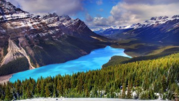 Moraine Lake Canada wallpapers and stock photos