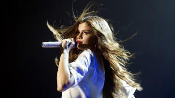 Selena Gomez Performing wallpapers and stock photos