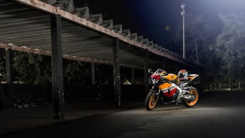 2012 Honda CBR 1000 RR wallpapers and stock photos