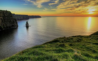 Pretty Cliffs Of Moher Ireland wallpapers and stock photos