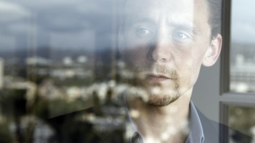 Random: Tom Hiddleston Portrait