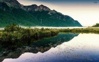 Mountain & Lake New Zealand wallpapers and stock photos