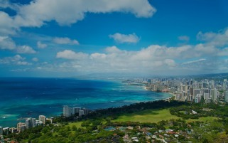 Random: Ocean Sky City Scenery Hawaii