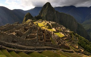 Machu Picchu Seis wallpapers and stock photos