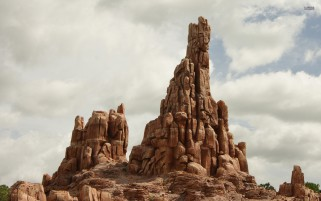 Big Thunder Mountain Paris wallpapers and stock photos