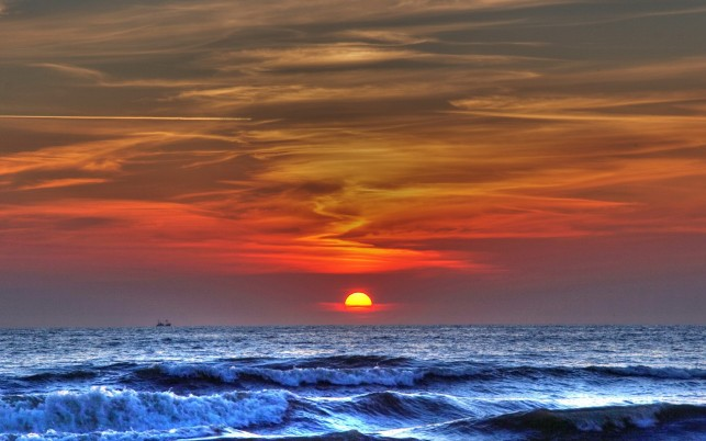 Blue Ocean Amazing Red Sunset wallpapers and stock photos