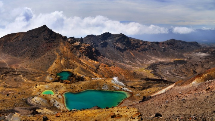 Tongariro Park New Zealand wallpapers and stock photos