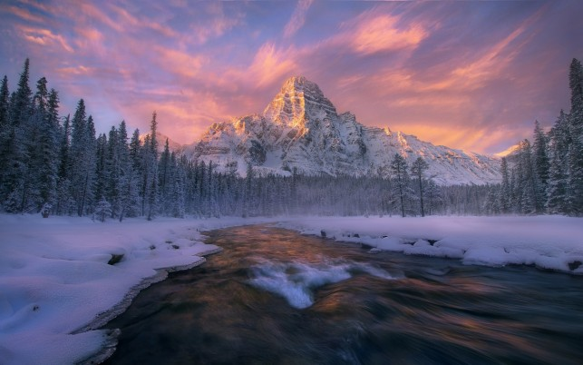 Lovely Alberta Banff Winter wallpapers and stock photos