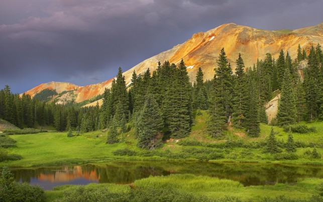 Peaks Coniferous Forest Lake wallpapers and stock photos