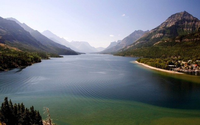Waterton Lakes National Park wallpapers and stock photos