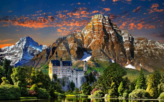 Neuschwanstein Castle Lookout wallpapers and stock photos