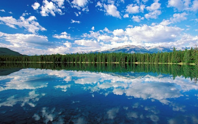 Edith Lake Jasper NationalPark wallpapers and stock photos