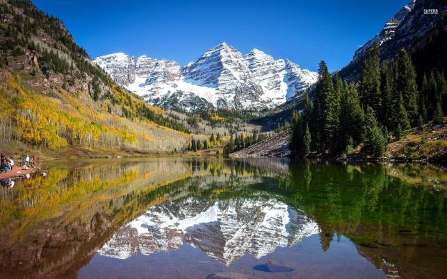 Gorgeous Maroon Bells Colorado wallpapers and stock photos