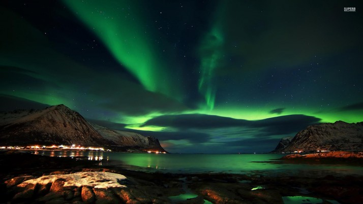 Charming Aurora Lofoten Norway wallpapers and stock photos