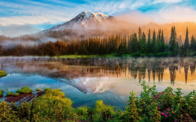 Mount Rainier Foggy Day wallpapers and stock photos