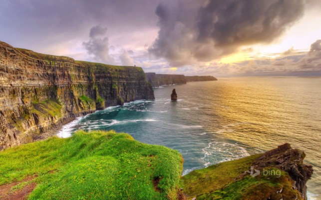 Herrliche Klippen von Moher wallpapers and stock photos