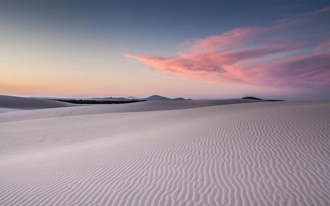 White Desert & Pink Clouds wallpapers and stock photos