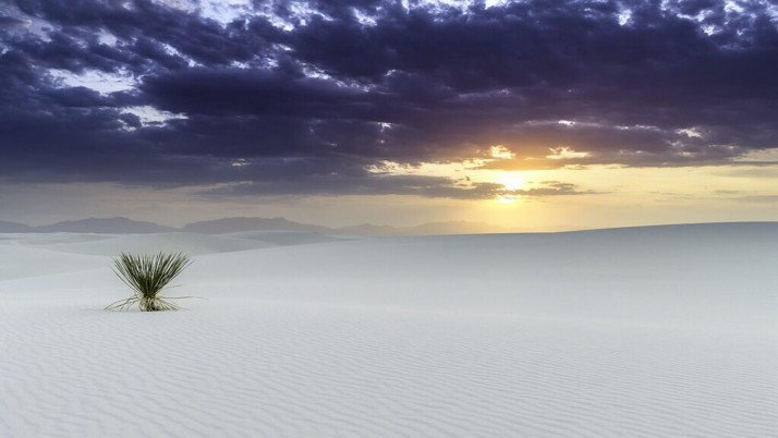 White Desert & Purple Sky wallpapers and stock photos