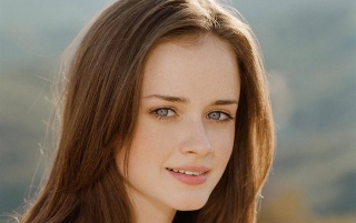 Alexis Bledel wallpapers and stock photos