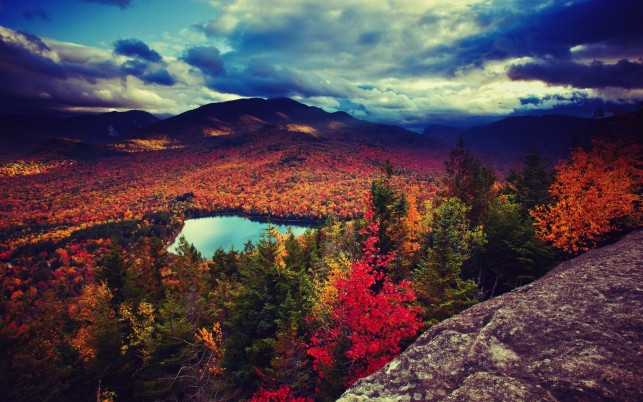 Marvelous Autumn Valley View wallpapers and stock photos