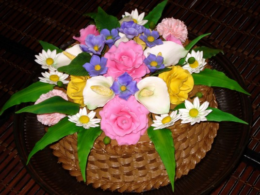 Flower Basket Cake wallpapers and stock photos
