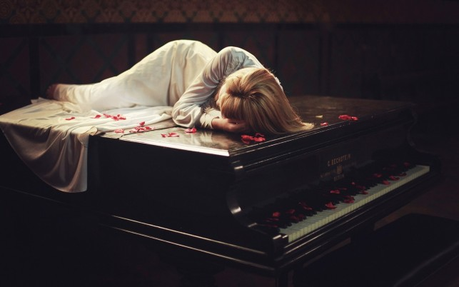Random: Sleeping On The Piano