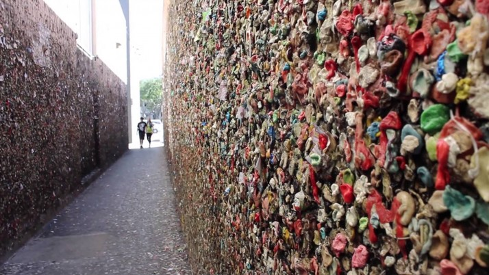 Random: Bubble Gum Alley California