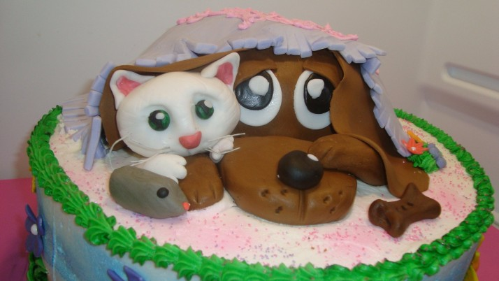 Previous: Dog Cat & Mouse Cake