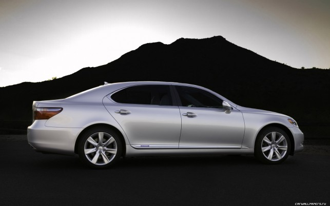 Lexus Ls 600H L wallpapers and stock photos