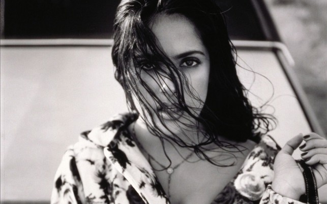 Random: Salma Hayek, celebrities