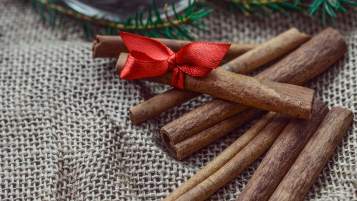 Random: cinnamon, chopsticks, christma